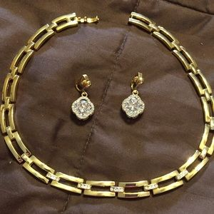Vintage gold tone curved necklace , clip earrings